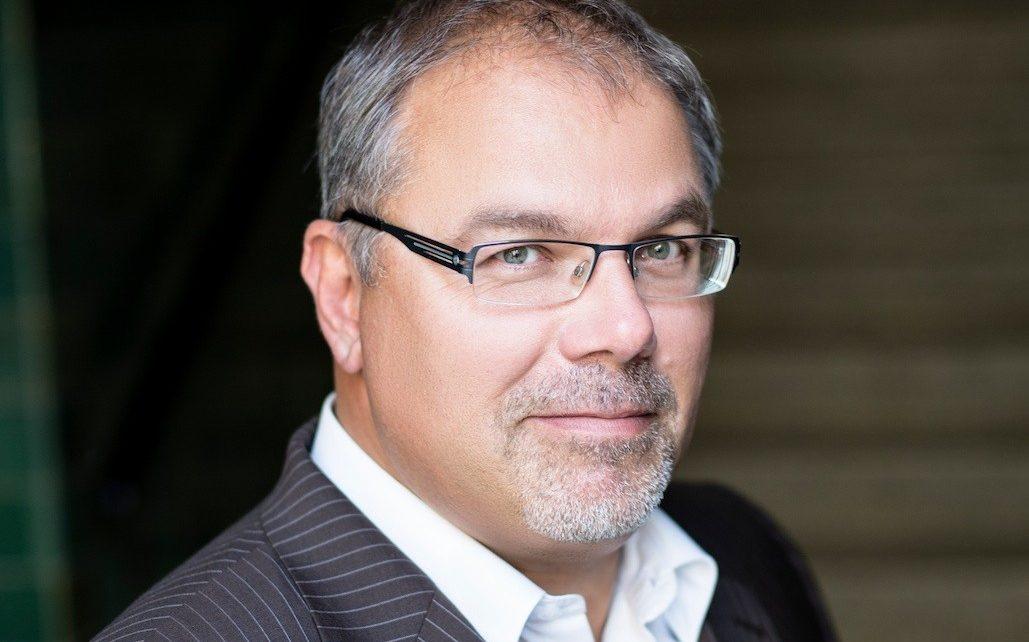 Christian Faltin | cocodibu | brauchte hier keine Krawatte binden