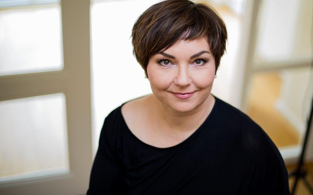Portraitfoto Susanne Ackstaller